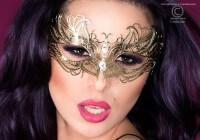 Goldfarbene Maske - Messing